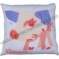 12 Zodiacs Cushion ~ Pig